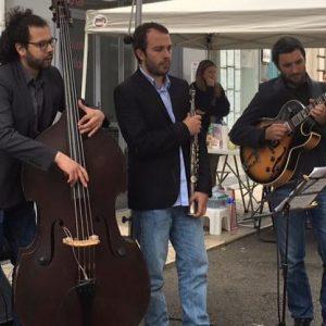 Concert dasn la rue pour l'association des commerçants de Vaise